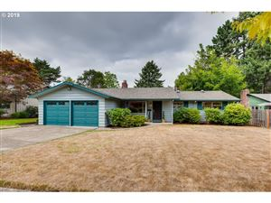 Photo of 1245 SW HILLCROFT AVE, Portland, OR 97225 (MLS # 19149107)