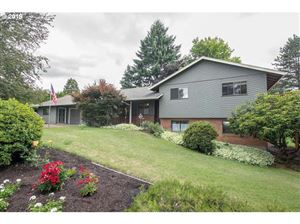 Photo of 14260 SW HIGH TOR DR, Tigard, OR 97224 (MLS # 19565107)