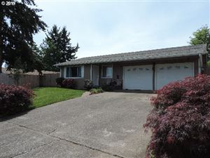 Photo of 440 TWELFTH ST, Independence, OR 97351 (MLS # 19371108)