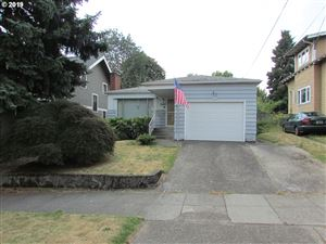 Photo of 2329 SE 58TH AVE, Portland, OR 97215 (MLS # 19229112)
