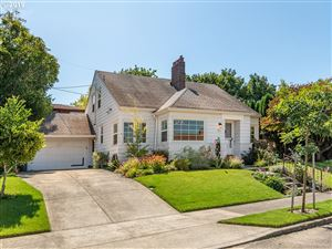 Photo of 4604 NE IRVING ST, Portland, OR 97213 (MLS # 19408120)
