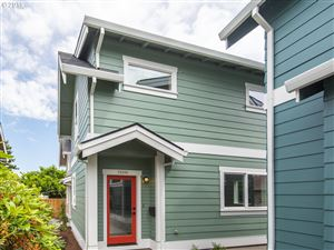 Photo of 7659 N SMITH ST B #B, Portland, OR 97203 (MLS # 19631120)