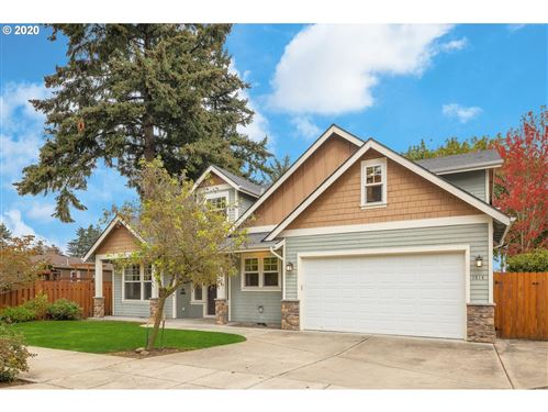 Photo of 1514 SE 127TH AVE, Portland, OR 97233 (MLS # 20212121)