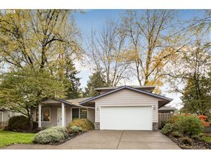 Photo of 8320 SW 33RD AVE, Portland, OR 97219 (MLS # 19369125)