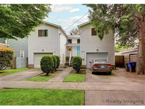 Photo of 1624 1626 SE SHERRETT ST, Portland, OR 97202 (MLS # 19592125)
