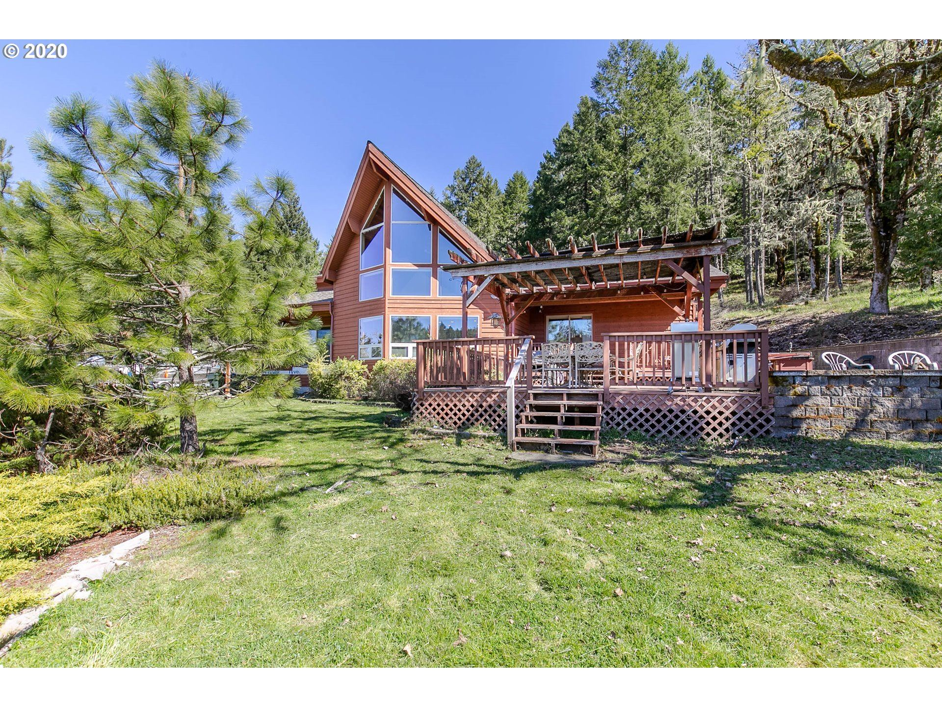 Photo for 31420 CAMAS SWALE RD, Creswell, OR 97426 (MLS # 20424125)