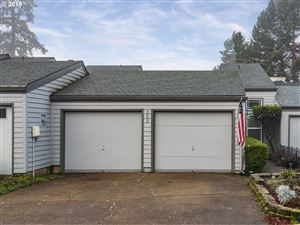 Photo of 962 NW 11TH ST, McMinnville, OR 97128 (MLS # 19523127)
