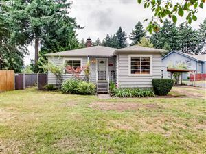 Photo of 4033 SE 112TH AVE, Portland, OR 97266 (MLS # 19654127)