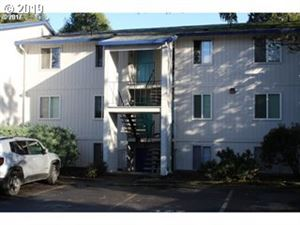 Photo of 10010 SW HALL BLVD, Portland, OR 97223 (MLS # 19487128)