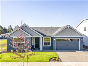 Photo of 4800 SE Rosewood ST, Hillsboro, OR 97123 (MLS # 18267130)