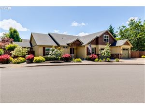 Photo of 1099 S 40TH ST, Springfield, OR 97478 (MLS # 19516132)