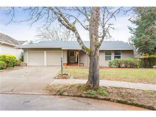 Photo of 13555 SW STIRRUP CT, Beaverton, OR 97008 (MLS # 19273135)