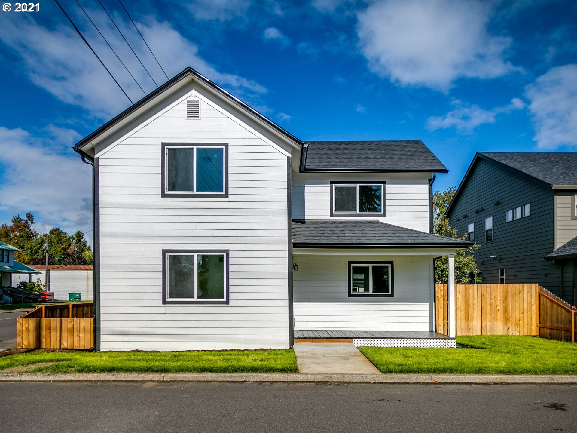 Photo of 494 SW 3RD AVE, Canby, OR 97013 (MLS # 21453136)