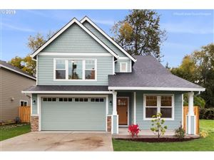 Photo of 5728 SE FRONT ST, Portland, OR 97206 (MLS # 19031138)