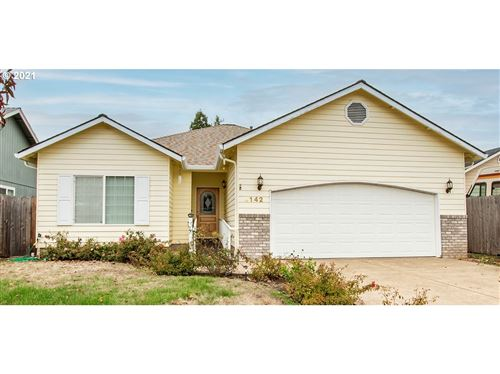 Photo of 4142 S E ST, Springfield, OR 97478 (MLS # 21607138)
