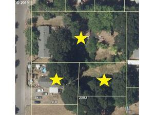 Photo of 132/156 NE 25TH AVE, Hillsboro, OR 97124 (MLS # 19337139)