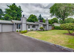 Photo of 2334 SE 110TH AVE, Portland, OR 97216 (MLS # 19355140)