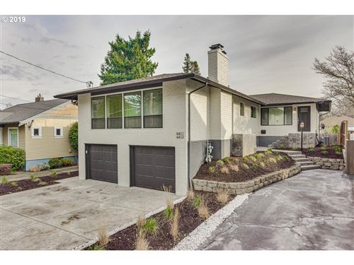 Photo of 4402 SE 34TH AVE, Portland, OR 97202 (MLS # 19179143)