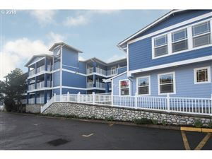 Photo of 890 SE BAY BLVD 305, Newport, OR 97365 (MLS # 18216144)