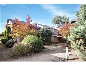 Photo of 1922 NW 143RD AVE #50, Portland, OR 97229 (MLS # 19143144)