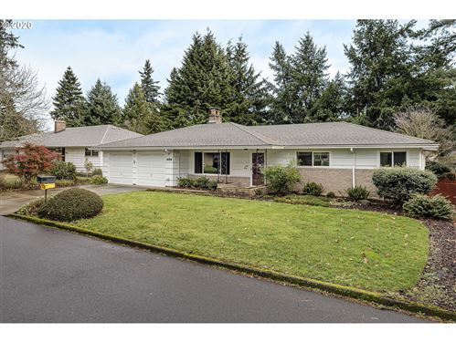 Photo of 1424 SE 143RD AVE, Portland, OR 97233 (MLS # 19614144)