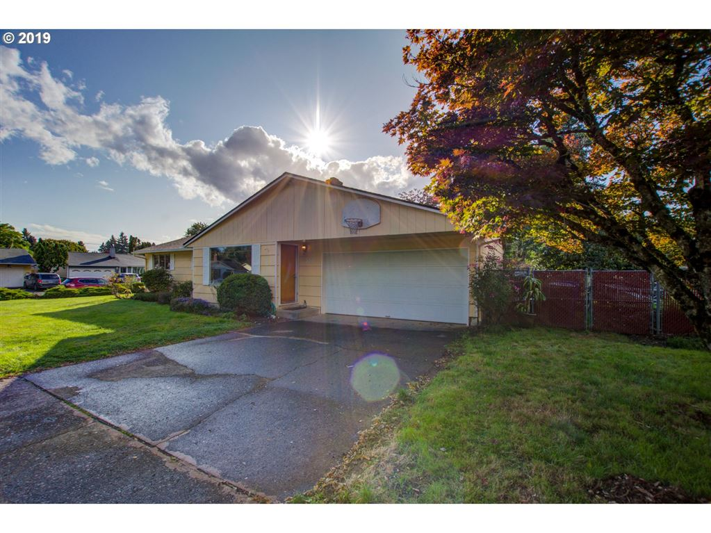 3011 SE 179TH AVE, Portland, OR 97236 - MLS#: 19049144