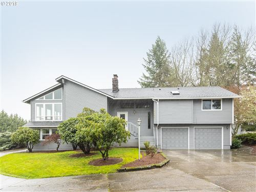 Photo of 8920 SW 190TH AVE, Beaverton, OR 97007 (MLS # 19093145)