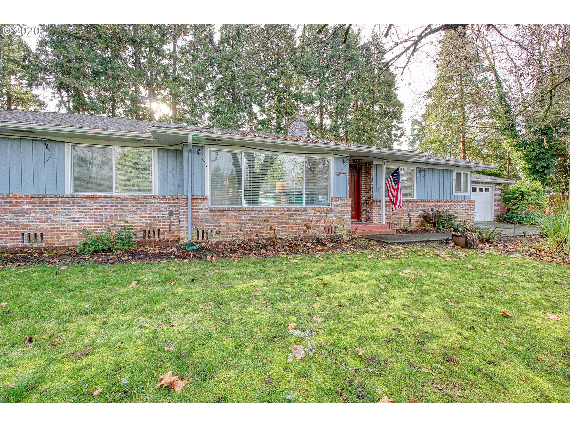 Photo for 35606 WESTMINSTER ST, Pleasant Hill, OR 97455 (MLS # 20415148)