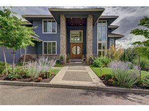 Photo of 2324 NW PINNACLE DR, Portland, OR 97229 (MLS # 19146149)
