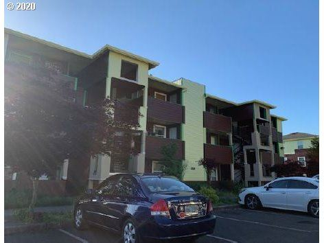 Photo of 9234 SE DIVISION ST #107, Portland, OR 97266 (MLS # 20547149)