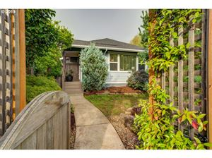 Photo of 5017 NE 32ND AVE, Portland, OR 97211 (MLS # 19286151)