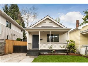 Photo of 4038 SE CARUTHERS ST, Portland, OR 97214 (MLS # 19448156)