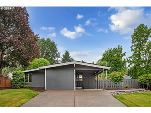 Photo of 60 SW 93RD AVE, Portland, OR 97225 (MLS # 19026157)