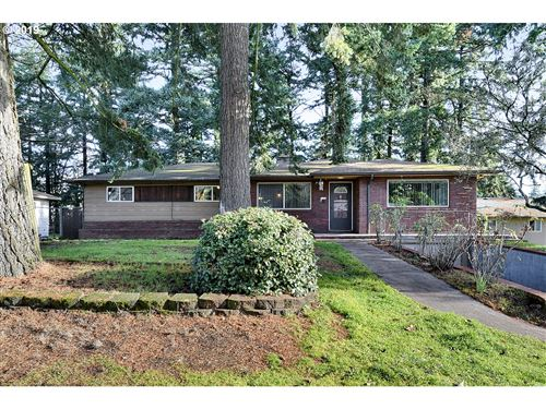 Photo of 3134 SE 134TH AVE, Portland, OR 97236 (MLS # 19181157)