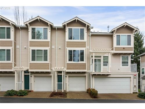 Photo of 14176 SW BARROWS RD #4, Tigard, OR 97223 (MLS # 19697157)
