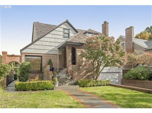 Photo of 7050 N CHASE AVE, Portland, OR 97217 (MLS # 19300158)
