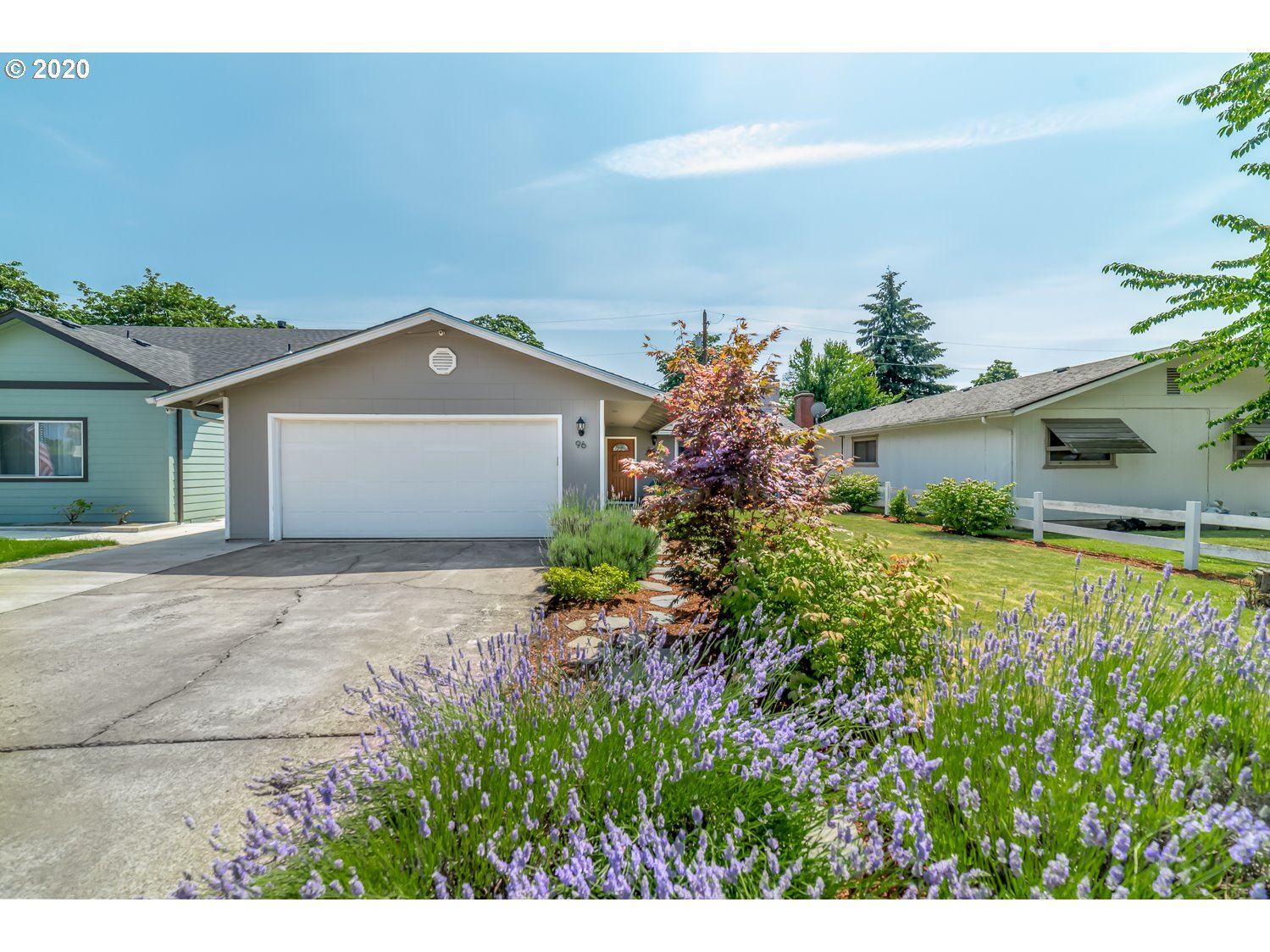 Photo for 96 N 10TH ST, Creswell, OR 97426 (MLS # 20296159)
