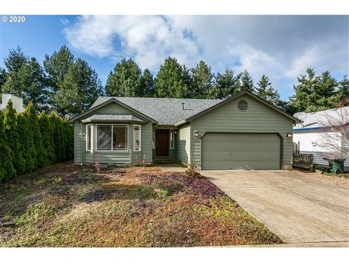 Photo of 2057 SE 67TH AVE, Hillsboro, OR 97123 (MLS # 19298160)