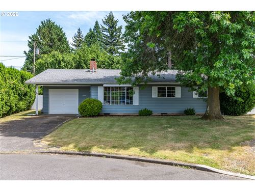Photo of 1344 SE 167TH AVE, Portland, OR 97233 (MLS # 20110160)