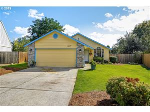 Photo of 1077 CEDAR ST, Forest Grove, OR 97116 (MLS # 19234162)