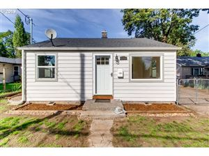 Photo of 7825 SE HENDERSON ST, Portland, OR 97206 (MLS # 19226164)