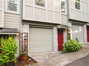 Photo of 4942 SW 1ST AVE, Portland, OR 97239 (MLS # 19513165)