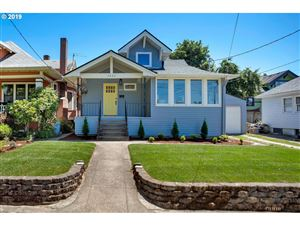 Photo of 1422 SE 51ST AVE, Portland, OR 97215 (MLS # 19519167)