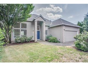Photo of 14552 SW 148TH PL, Tigard, OR 97224 (MLS # 19463169)