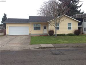 Photo of 99 N 10TH ST, Creswell, OR 97426 (MLS # 19525171)