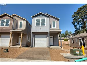 Photo of 817 SE 148 AVE, Portland, OR 97233 (MLS # 19516173)