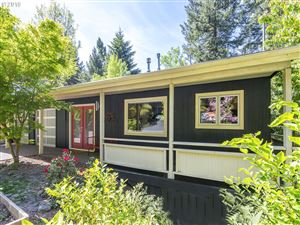 Photo of 5035 SW 19TH DR, Portland, OR 97239 (MLS # 19107177)