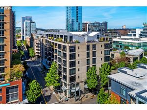 Photo of 1030 NW 12TH AVE 402 #402, Portland, OR 97209 (MLS # 19541177)