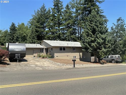 Photo of 801 NW MICHELBOOK LN, McMinnville, OR 97128 (MLS # 21687177)