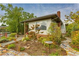 Photo of 3929 SE 66TH AVE, Portland, OR 97206 (MLS # 19201178)